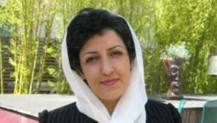 نرگس محمدی، روزنامه نگار، نایب رئیس و سخنگوی کانون مدافعان حقوق بشر در ایران