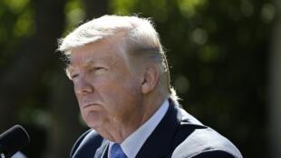Rais wa Marekani Donald Trump katika ikulu ya White House, Oktoba 17, 2017.