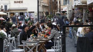 Italie - Rome - Mesures sanitaires - AP21116651055300