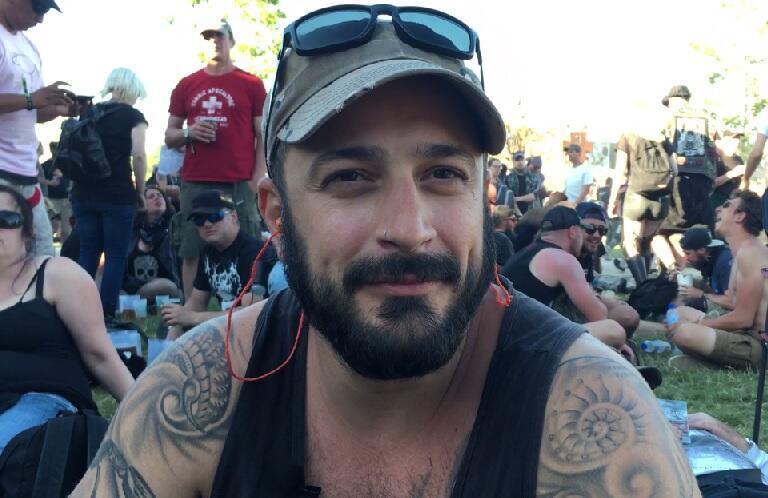 O brasiliense André participa dos três dias do Hellfest.