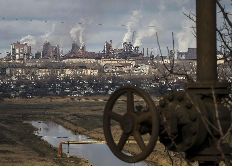 L'usine Ilyich de Marioupol, cible affichée des forces séparatistes pro-russes et russes.