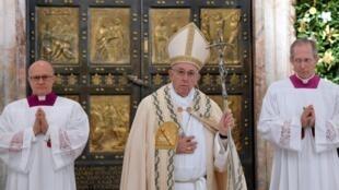 Đức Giáo Hoàng Phanxicô tại Vương Cung Thánh Đường Thánh Phêrô, Vatican, ngày 20/11/2016.