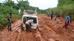 Barabara nyingi zimeharibika kutokana na mafuriko katika mkoa wa Ituri, kaskazini mashariki mwa DRC.