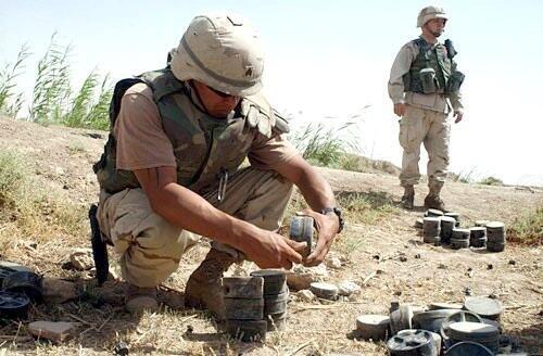 Chaque année, les mines antipersonnel tuent, mutilent ou blessent près de 20 000 personnes.