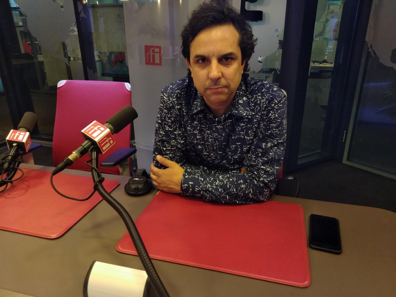 O maestro e compositor Mateus Araújo