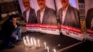 Biểu tình tưởng niệm nhà báo Jamal Khashoggi trước lãnh sự quán Ả Rập Xê Út, Istanbul, ngày 25/10/2018