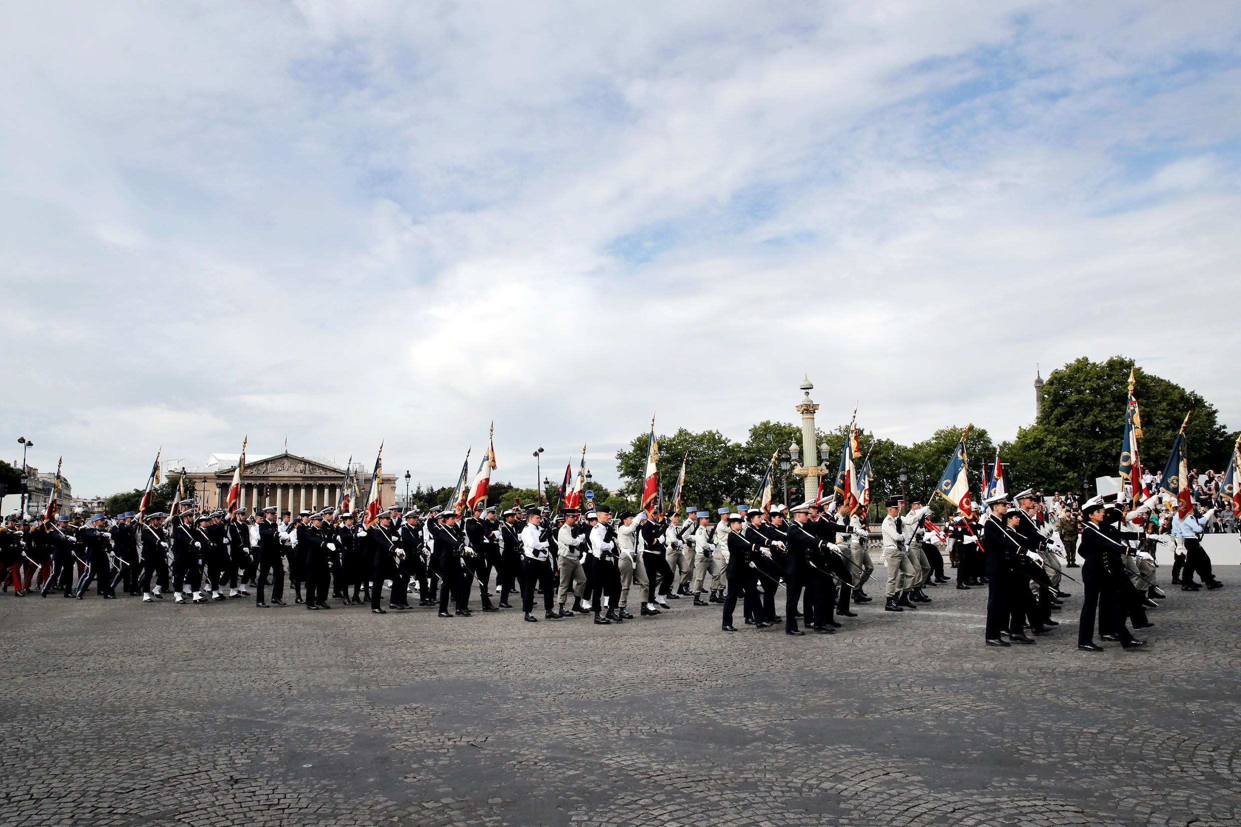 2020-07-14T083216Z_1575745438_RC2WSH9RRM2I_RTRMADP_3_FRANCE-NATIONALDAY-PARADE