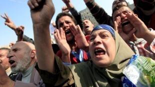 Manifestantes anti-Morsi en la Plaza Tahrir, este 30 de noviembre de 2012.