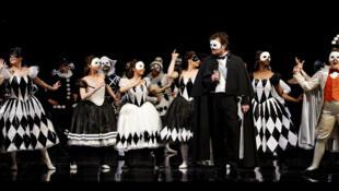 法國巴士底歌劇院上演威爾第《假面舞會》