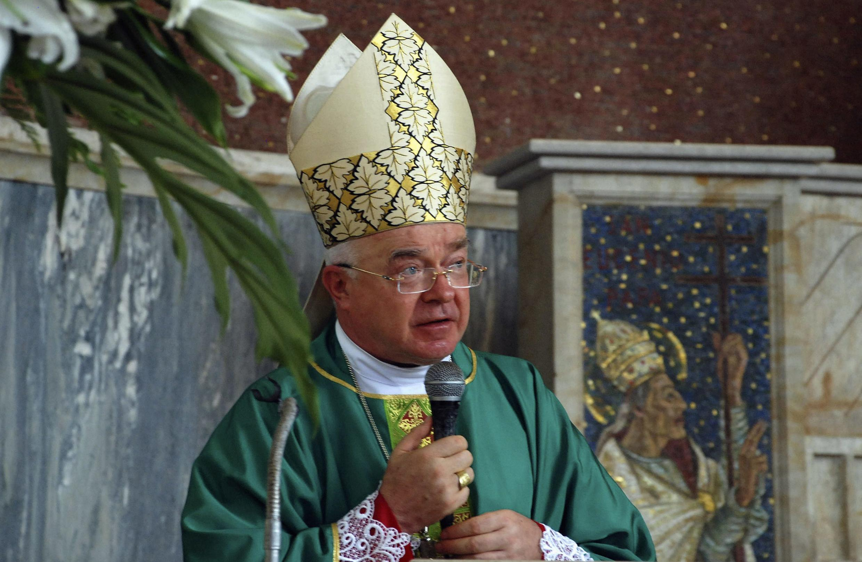 Tổng giám mục Jozef Wesolowski lúc còn tại vị năm  2009.