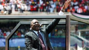 Rais wa Kenya Uhuru Kenyatta wakati akiwasili katika uwanja wa Kasarani jijini Nairobi 2017