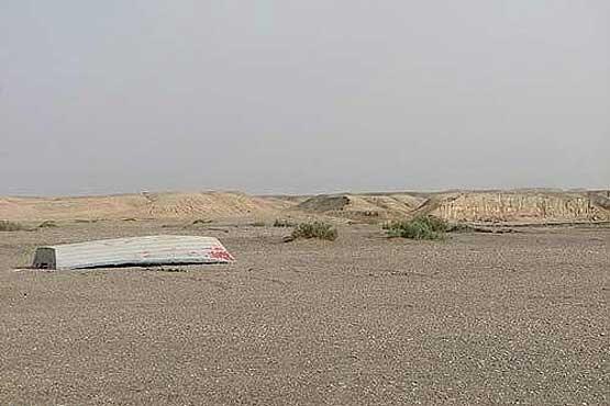 Le lac asséché de Hamoun.
