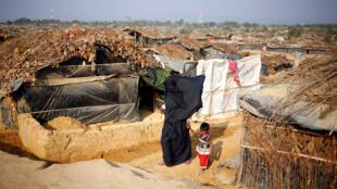 Người tị nạn Rohingya tại trại tạm cư Kutupalang ở Bangladesh. Ảnh chụp ngày 12/02/2017.
