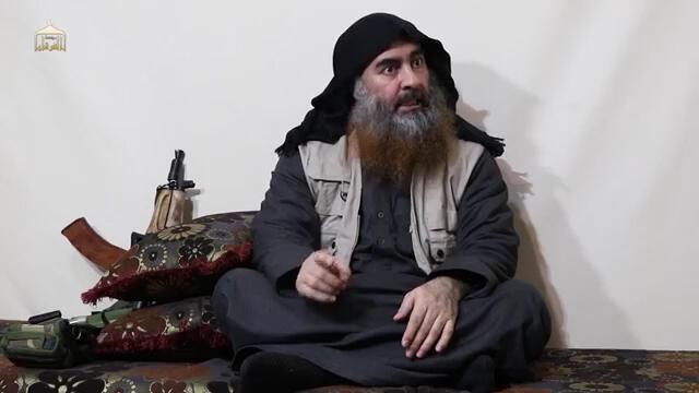 Người được giới thiệu là thủ lĩnh Daech Abou Bakr al-Baghdadi, trong đoạn video công bố ngày 29/04/2019.