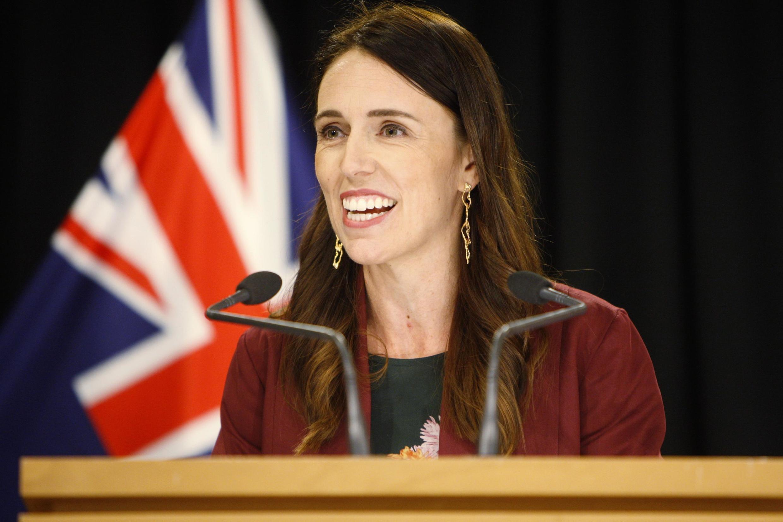 Vitória sobre o coronavírus favorece a reeleição da primeira-ministra da Nova Zelândia, Jacinda Ardern.