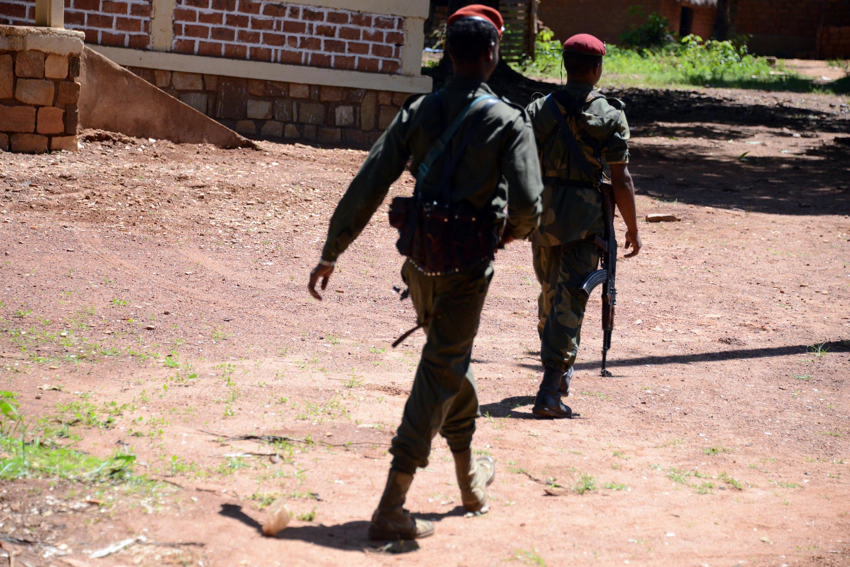 Des soldats de l'ex-Séléka en patrouille, près de Bambari, en mai dernier.