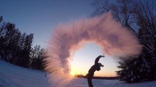 加拿大目前有些地区比南极还要冷
