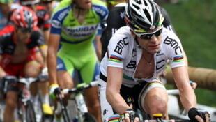Cadel Evans devra récupérer les 57 secondes concédées à Andy Schleck pour gagner ce tour de France 2011.