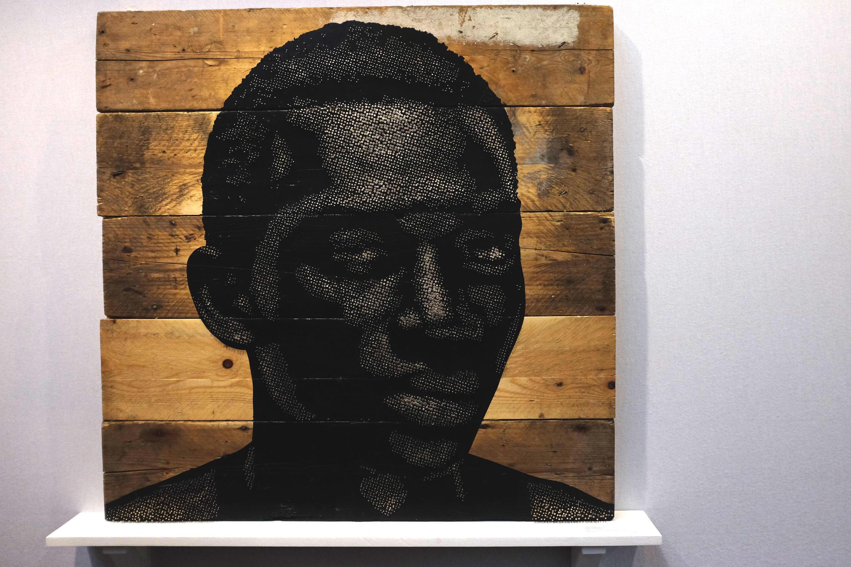 Alexis Peskine : « Under Construction » (2016), nails, moon gold leaf, paint and satin varnish on wood panels, 100 x 100 cm.