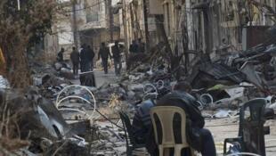 Dans une rue de Homs (Syrie), le 14 février 2014.