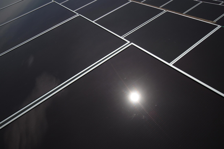 Painéis foto-voltaicos destinados à produção de energia eléctrica através do sol