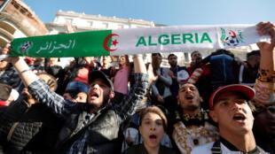 Manifestation contre un cinquième mandat pour le président algérien Bouteflika, à Alger, le 3 mars 2019.
