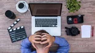 Troubles psychosociaux : stress, dépression, burn-out... Quels signes qui peuvent alerter ?