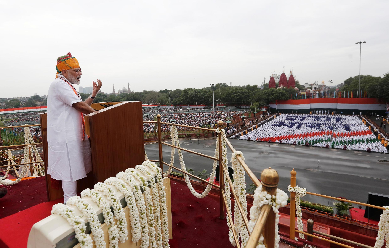 نارندا مودی، نخست وزیر هند روز پنجشنبه ۱۵ اوت / ۲۴ مرداد در نطق خود به مناسبت سالگرد استقلال این کشور از بریتانیا