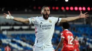 Le buteur français du Real Karim Benzema contre le Séville FC en chamionnat, le 9 mars 2021 au stade Alfredo Stefano à Madrid.