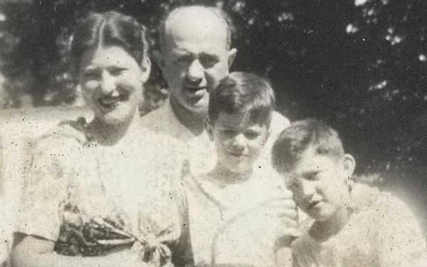 Dorothy and Eli Sanders with sons Larry and Bernie