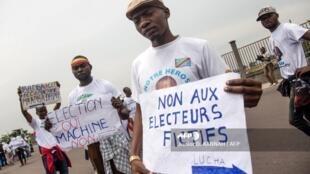 RDC: oposição manifestou esta sexta-feira, parza denunciar a preparação de fraude massiça nas eleições presidenciais de 23 de Dezembro