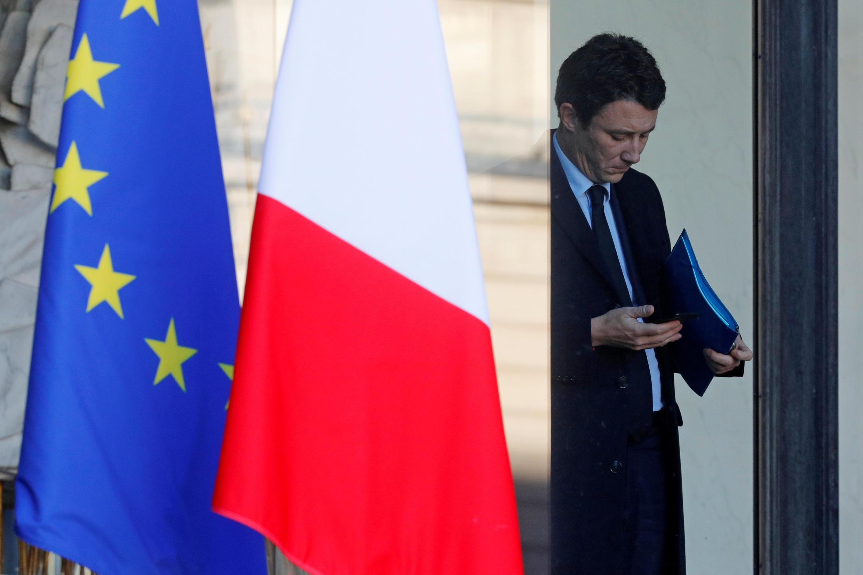 Porta-voz do governo francês, Benjamin Griveaux, diz que terá em conta pedido de inquérito da ONU sobre violência contra coletes amarelos