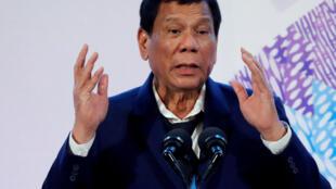 Theo Liên Hiệp Quốc, tổng thống Philippines Rodrigo Duterte cần được kiểm tra tâm thần.