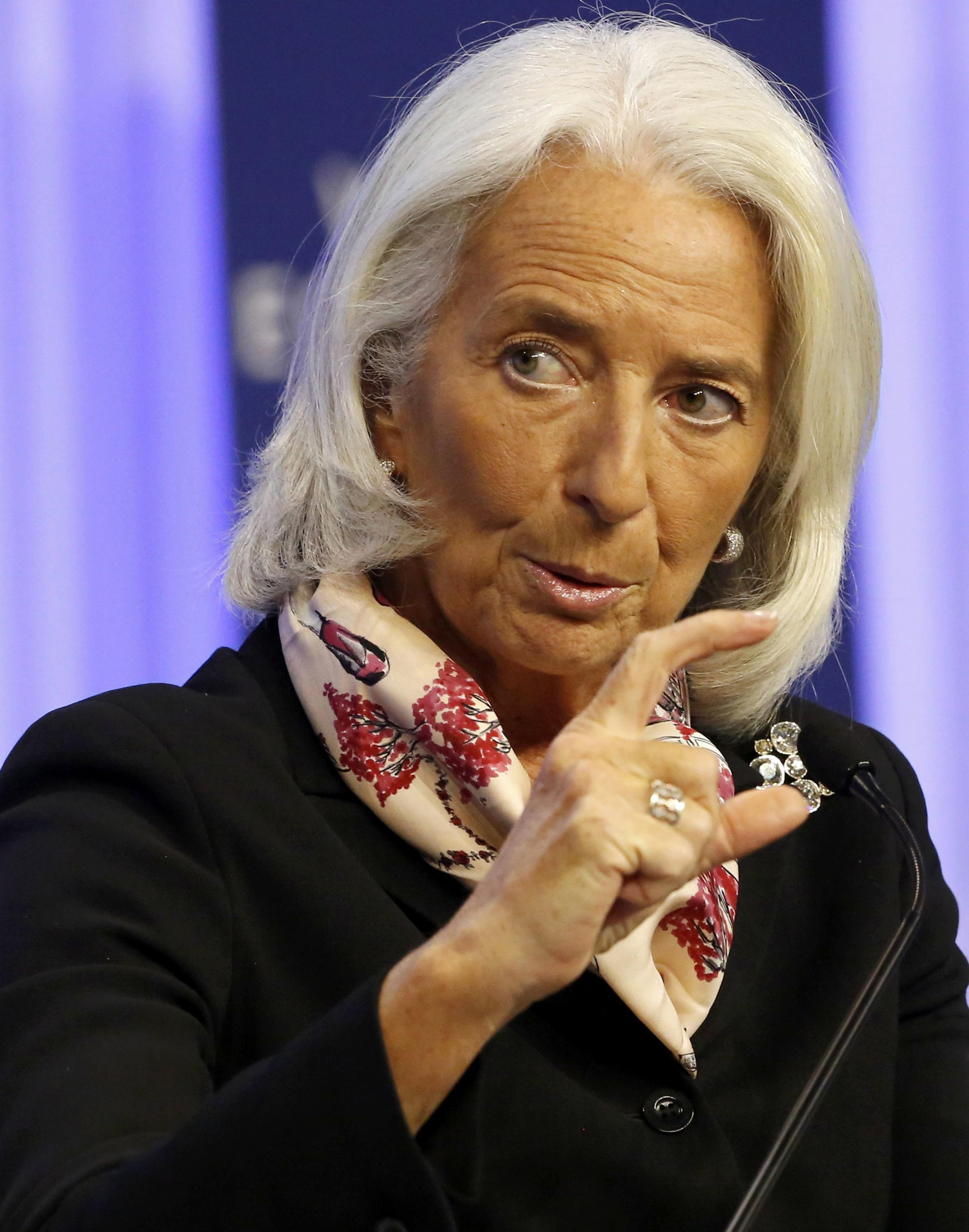 A chefe do Fundo Monetário Internacional alertou para a desaceleração do países emergentes em Davos.