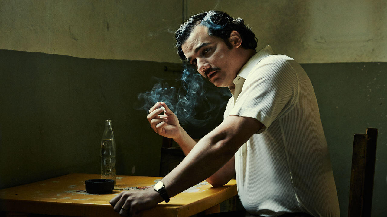 """O ator brasileiro Wagner Moura vive Pablo Escobar em """"Narcos""""."""