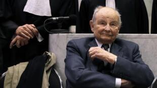 El empresario Jacques Servier en el tribunal de Nanterre, en mayo de 2013.