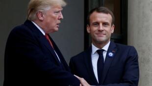 دونالد ترامپ، رئیس جمهوری آمریکا و امانوئل ماکرون، رئیس جمهوری فرانسه در کاخ الیزه. پاریس ١٠ نوامبر ٢٠١٨