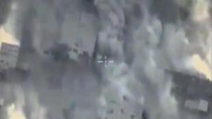 L'aviation russe a réalisé, depuis mardi, plus de 50 frappes aériennes sur des positions de l'organisation Etat islamique (EI) dans la région de Palmyre (centre), a annoncé jeudi le ministère russe de la Défense, le 14 juillet 2016.