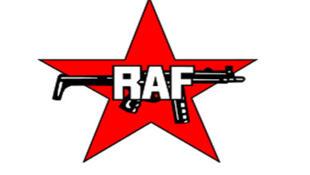 La Fraction armée rouge, ou Rote Armee Fraktion (RAF) surnommée bande à Baader, du nom de l'un de ses leaders Andreas Baader.