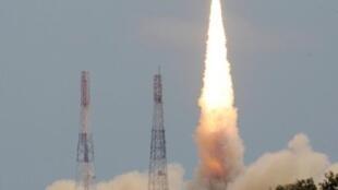 Le satellite franco-indien, Megha-Tropiques a été mis sur orbite, avec succès, par un lanceur indien depuis la base de Sriharikota, en bordure du Golfe du Bengale, le 12 octobre 2011.