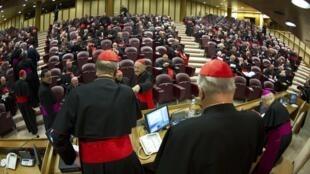 Các hồng y trước một cuộc họp, Vatican, 04/03/2013.