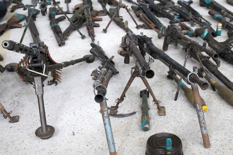 Reportagem de Le Monde mostra mundo das milícias no Rio.