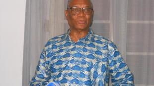Evaristo de Carvalho, candidato único à segunda volta das eleições presidenciais em São Tomé e Príncipe
