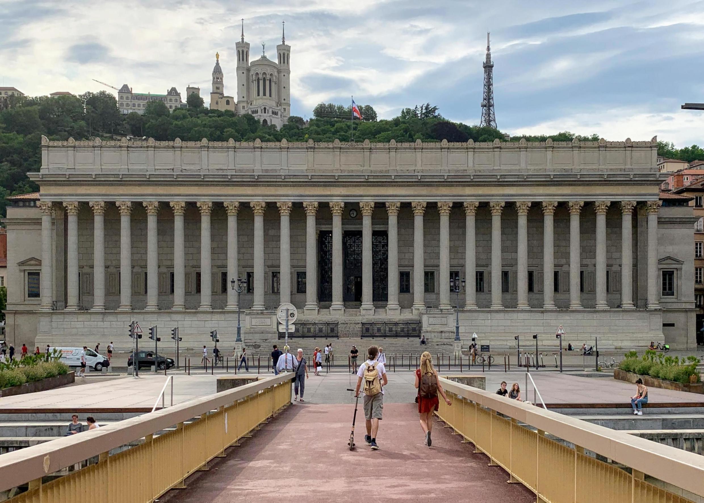 The Lyon courthouse
