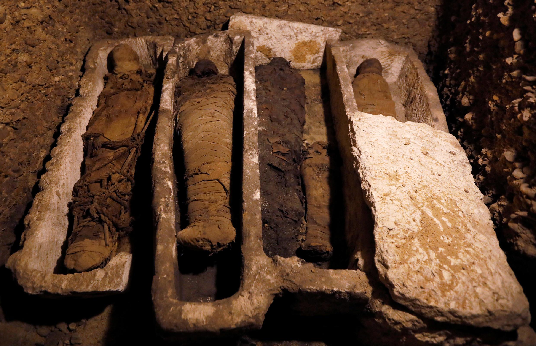 Les momies ont été découvertes sur le site de Touna el-Gebel, dans le centre de l'Egypte.