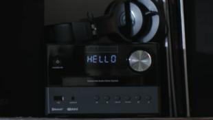Clip du morceau «Hello Shadow», composé à l'aide de l'IA.