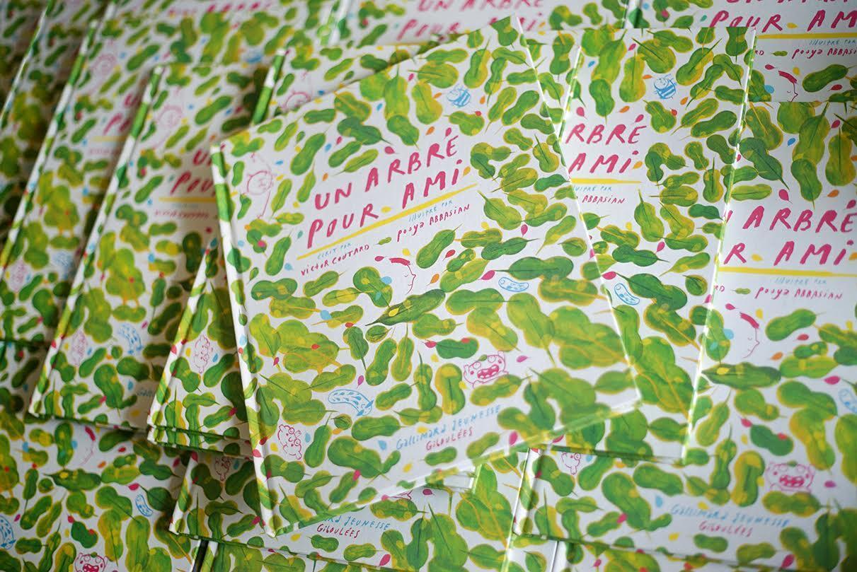 """کتاب """"درختی برای دوست""""، نوشته """"ویکتور کوتار"""" با نقاشیهای """"پویا عباسیان""""."""