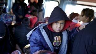 پناهندگان سوری در شهر دیکیلی در ترکیه. ۵ مارس ٢٠۱۶