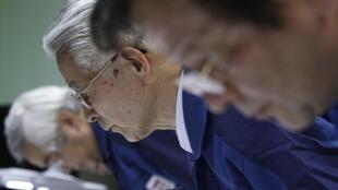 O presidente da Tepco,Tsunehisa Katsumata, disse que serão necessários três meses para que o nível de radiação comece a baixar.