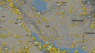 ترافیک هوایی بر فراز آسمان ایران پس از ساقط شدن هواپیمای اوکراینی به کمتر از نصف کاهش یافته است
